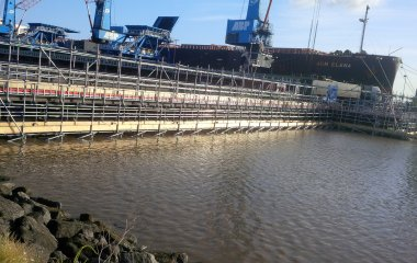 Suspended scaffold at HIT jetty Port of Immingham